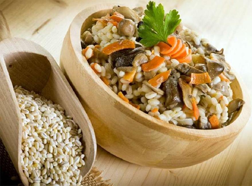 Î ïîëüçå ïåðëîâîé êàøè (use barley porridge) - http://www.doctorate.ru/use-barley-porridge/